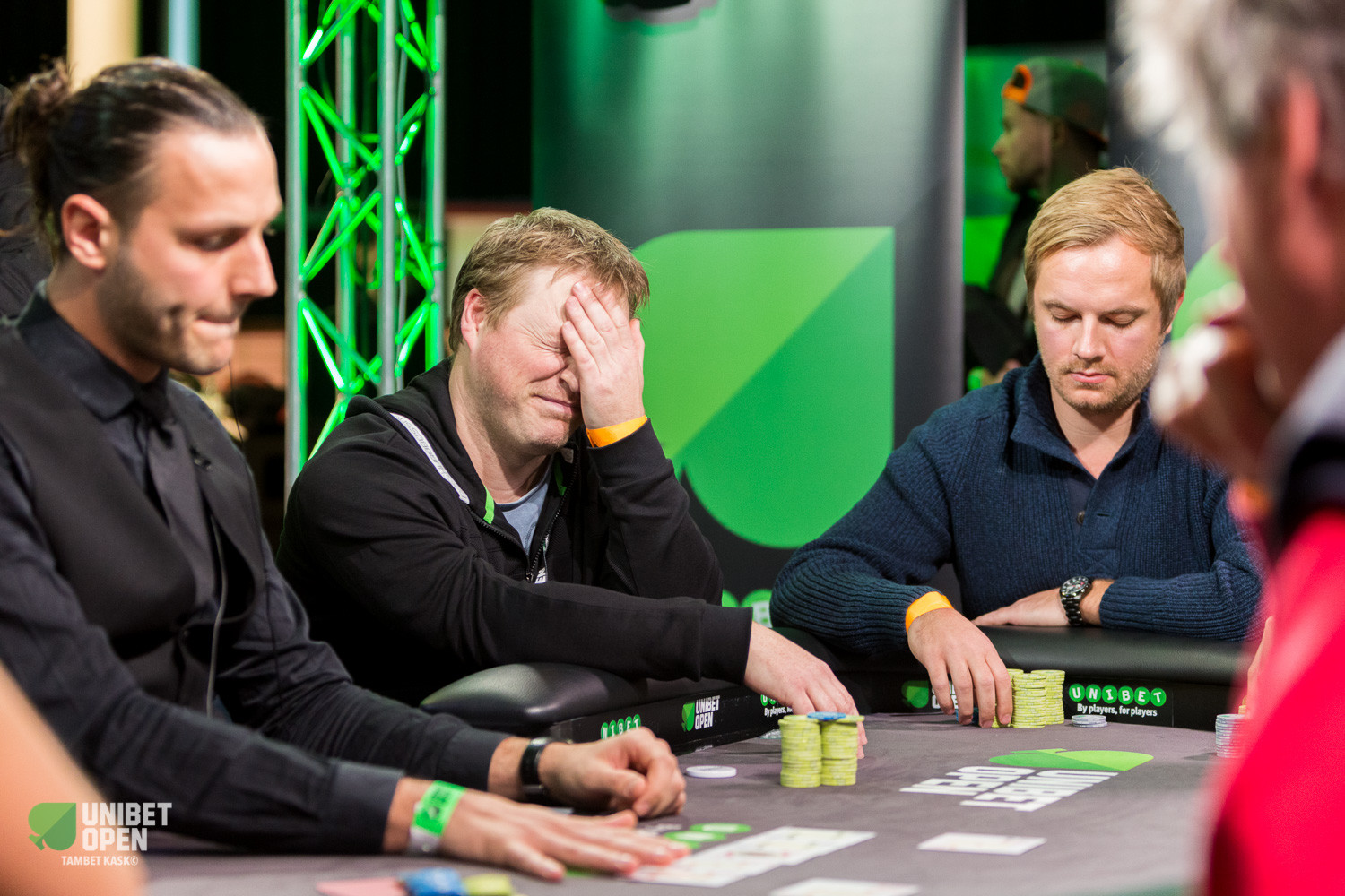 Training Your Brain: Could Your Poker Game Use a Little CBT?