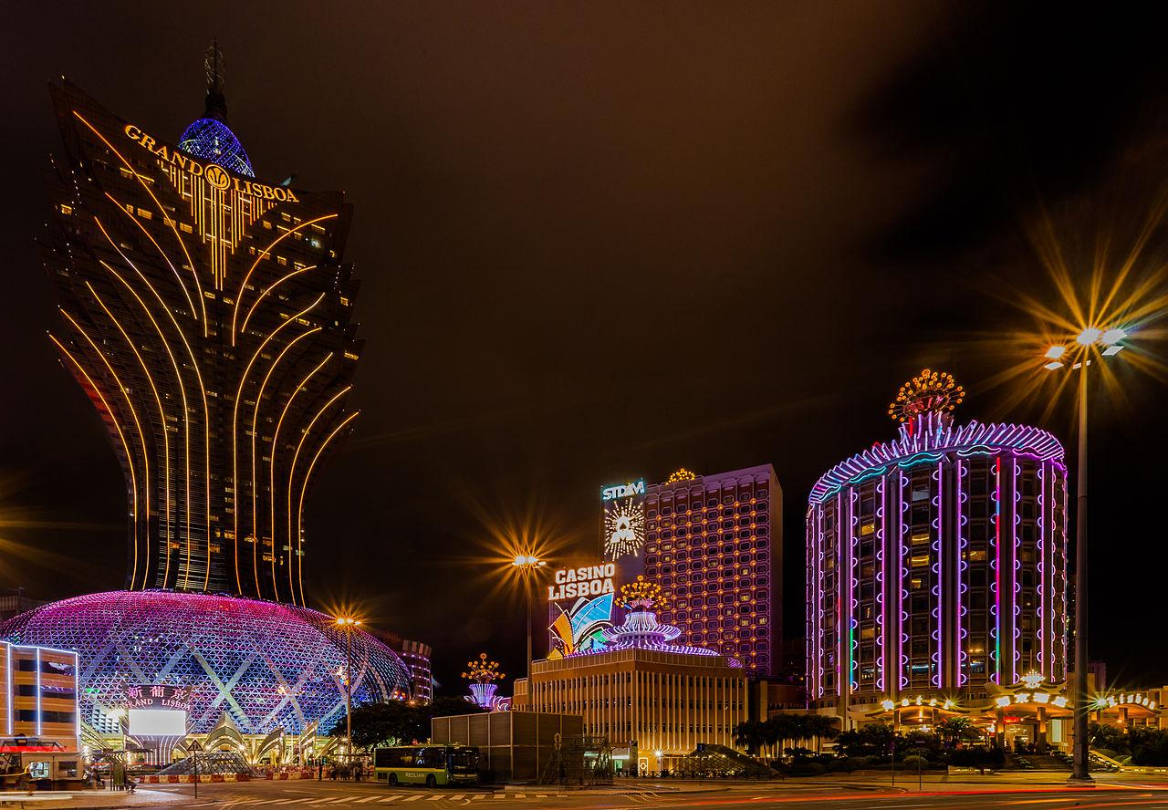 Gamble at casino