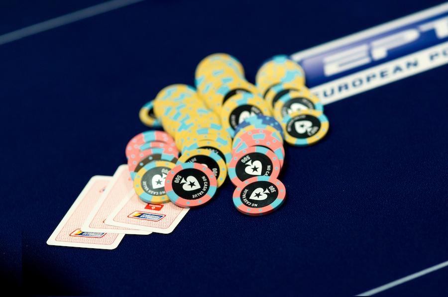 poker hands odds texas holdem