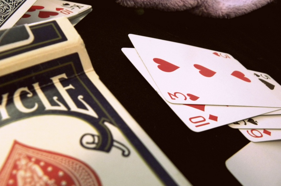 Hosting an Awesome Poker Game at Home: Playing Cards | PokerNews