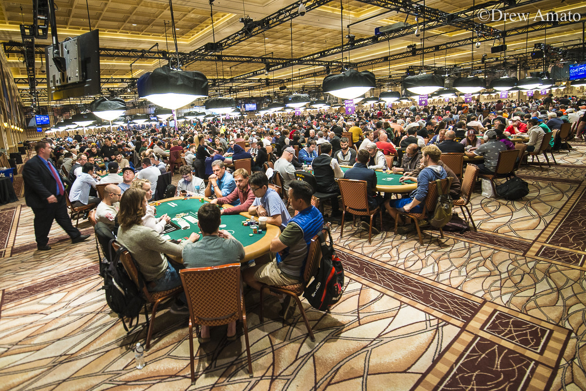 The 2017 WSOP Main Event is the Third-Largest in History 0001