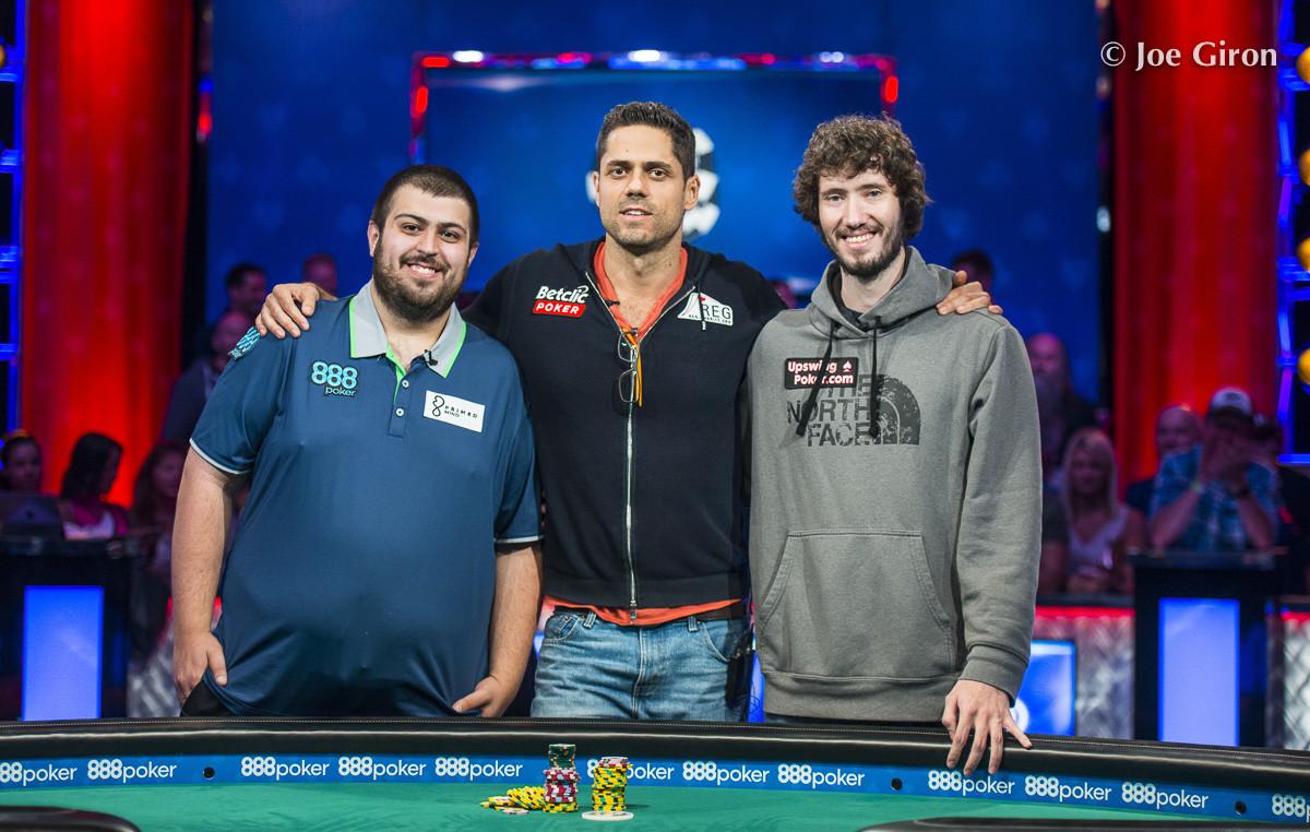 Scott Blumstein lidera a los tres supervivientes del Main Event 2017 antes del día final 0001