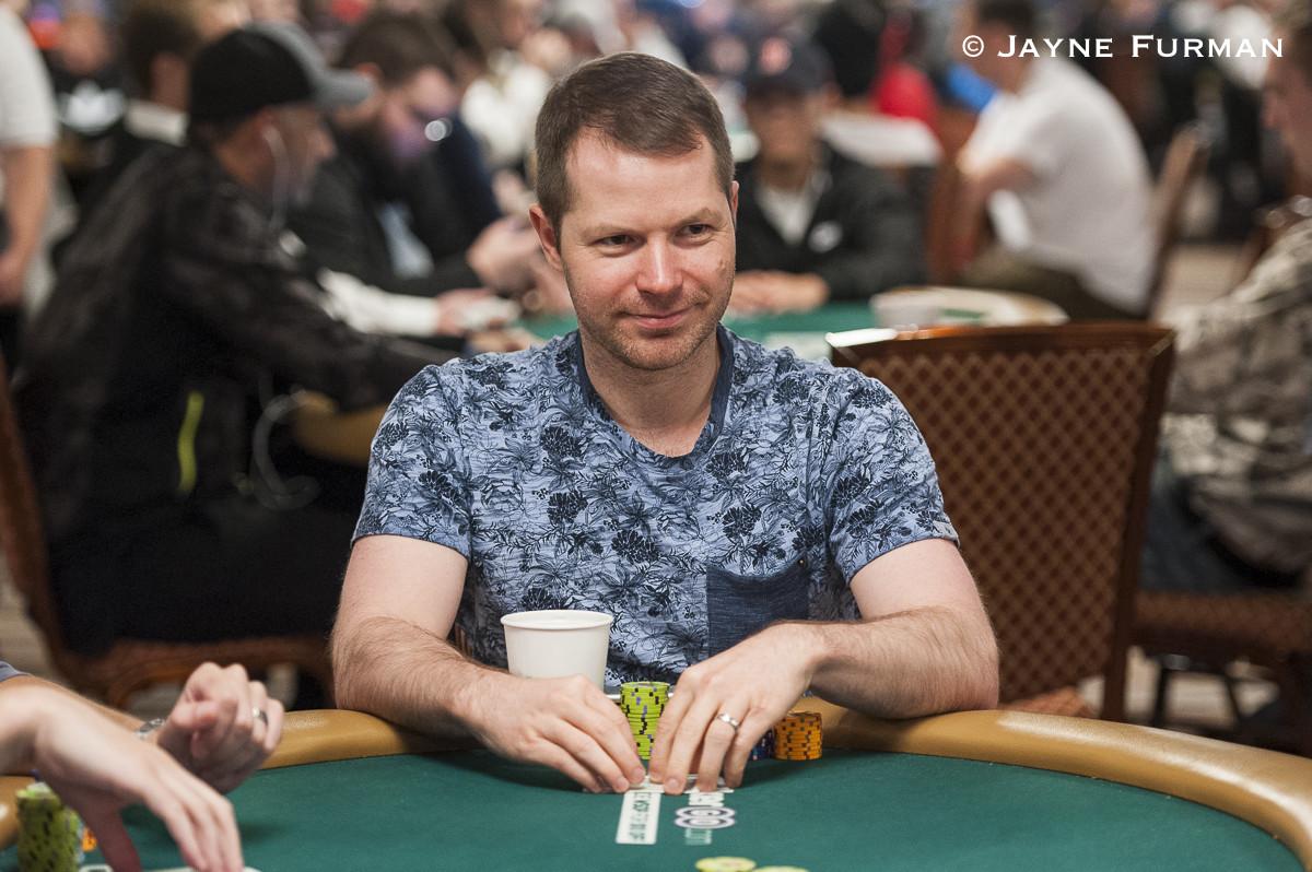 Two pair poker kicker
