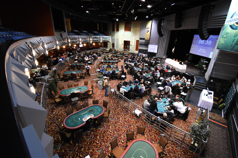 regina casino lounge