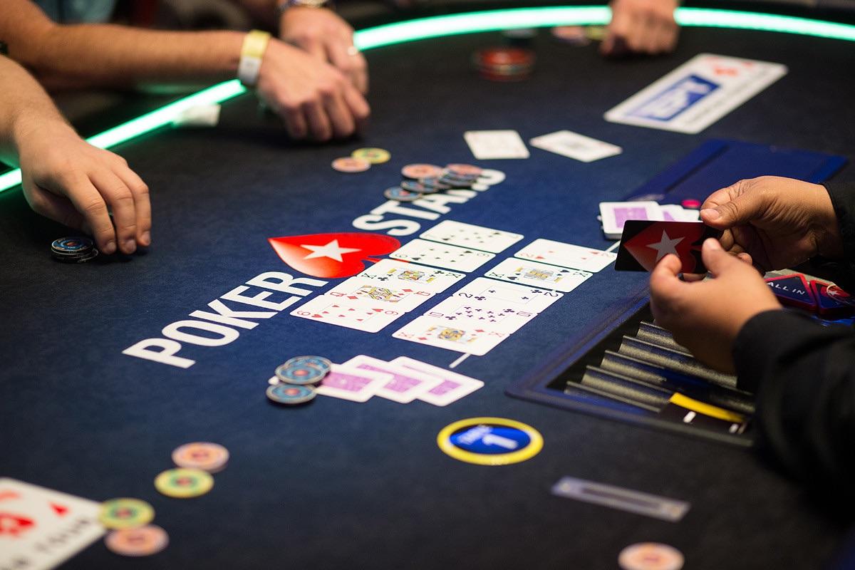 split pot texas holdem all in betting