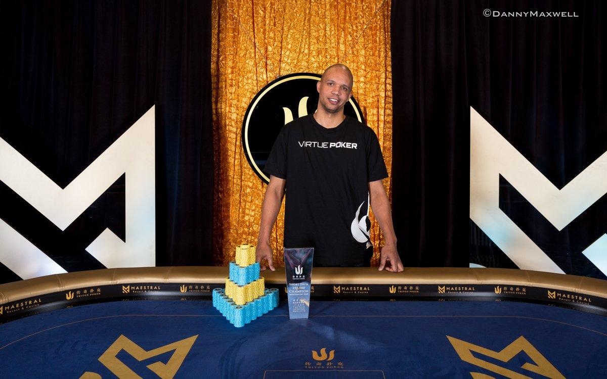 Po trijų metų pertraukos - Philo Ivey pergalė gyvo pokerio arenoje 0001