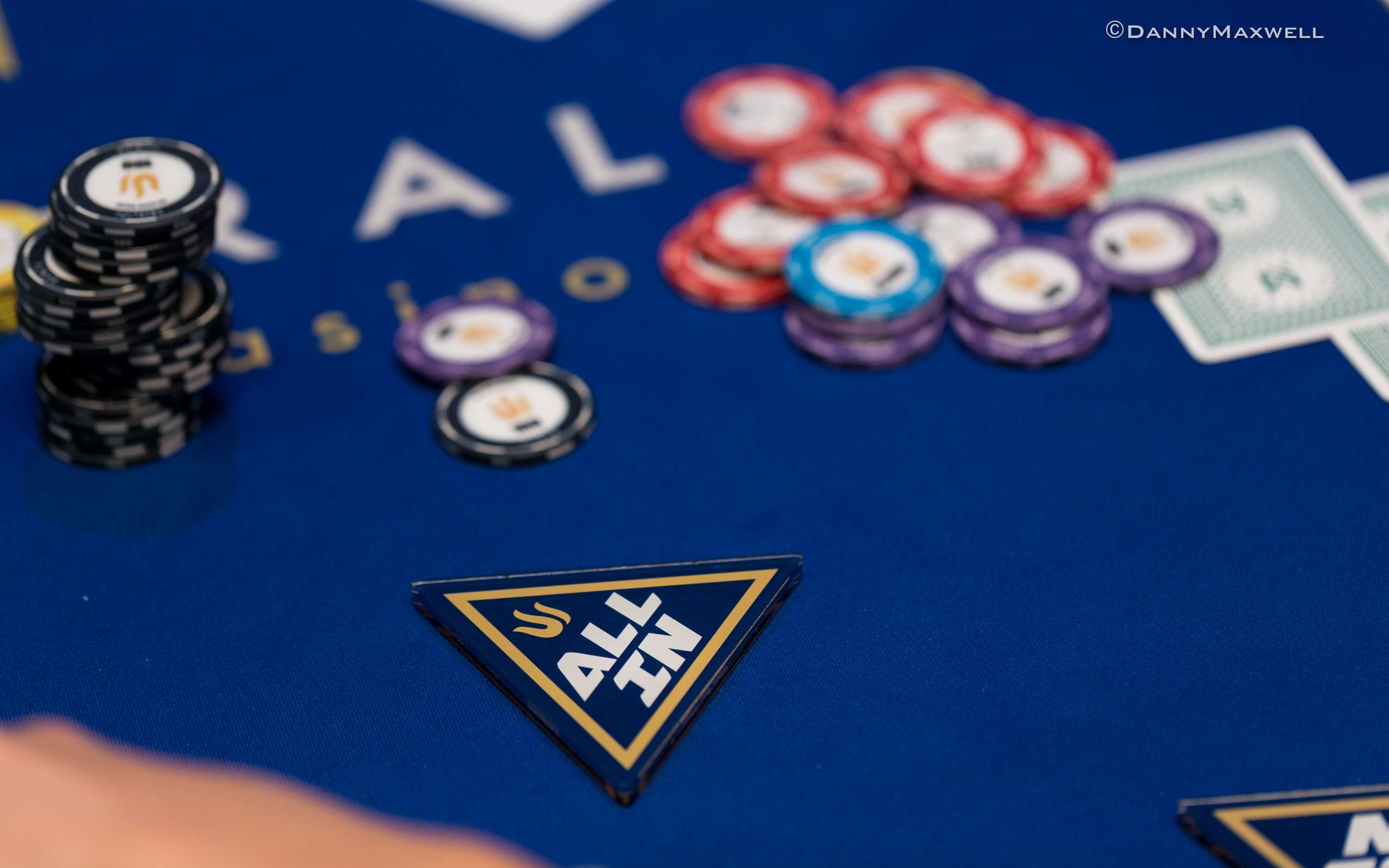 Attorney general declines to offer opinion about poker houses