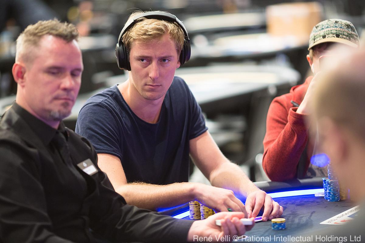 Bovada live blackjack