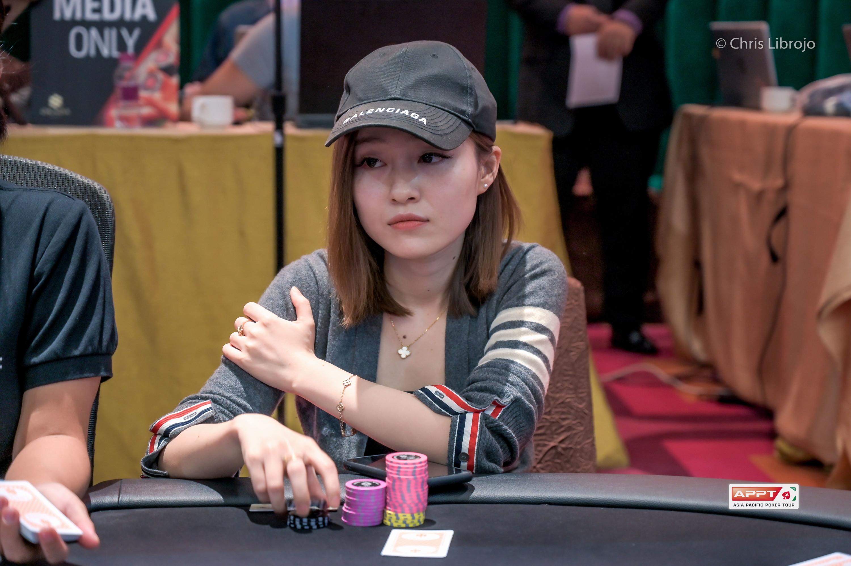manila poker betting strategy