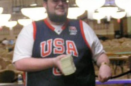 Le plus jeune gagnant d'un bracelet des WSOP couronné pour ce tournoi de poker  Limit Hold'Em...