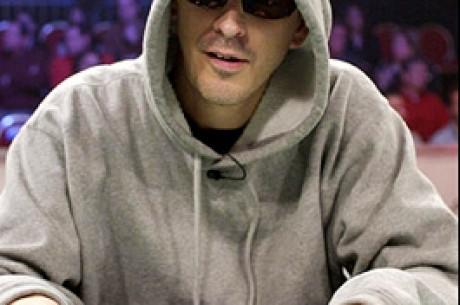 Der Terminator: Laak besiegt den Poker 'Roboter'