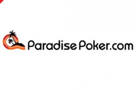 Seeoffizier im Paradise Poker nach dem Pokergewinn