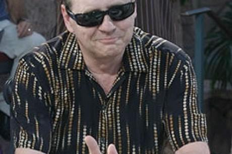John Gale Ganha o Pol Limt Hold'em de $2500