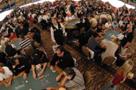 WSOP – Contagem de fichas – Já Estamos no Dinheiro Mas Ainda a Milhas Da Mesa Final