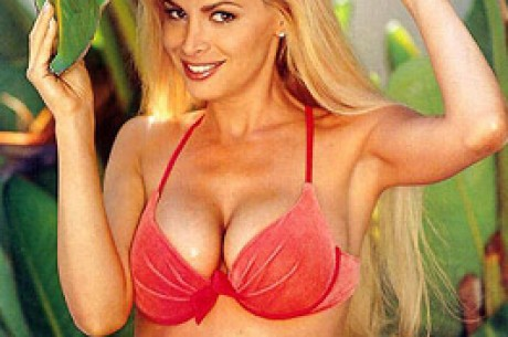Cindy Margolis Reklamuje Tropical Poker