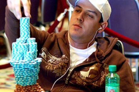 Carlos Mortensen skapar poker historia med vinst i WPT mästerskap