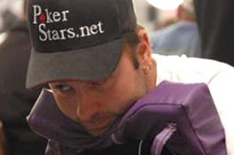 WSOP 2007 - Turniej #32, $2,000 Seven Card Stud - Priegen i Negreanu Na Prowadzeniu