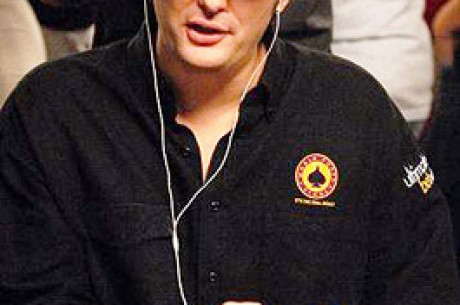 WSOP 2007 - Phil Hellmuth újabb babérokra tör!