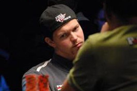WSOP Update- $10,000 Main Event 6. den- Philip Hilm chip leader na finálovém stole!