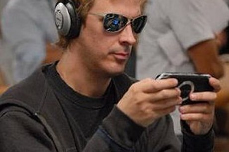 Pierwsze Pokerowe Mistrzostwa Czlowiek - Komputer