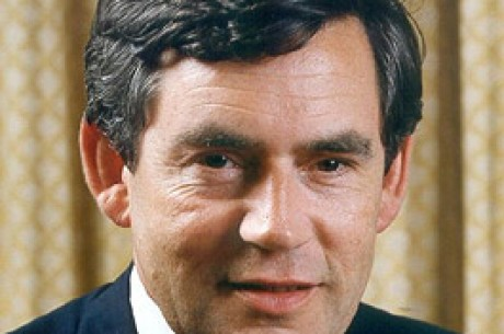英国総理大臣、ゲーム改革を妨げる