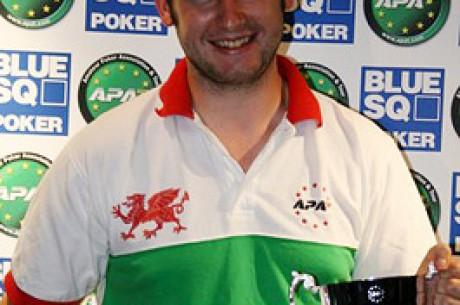 Gareth Owers Them Nothing at APAT, G Casino, Luton