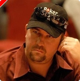 EPT London Main Event den 1a: Chris Moneymaker se dostává do tempa