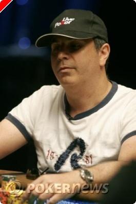 WSOP 2008 Live - Stéphane Tayar en table finale du 2.000$ NLHE (#23)