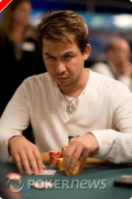 Résultats poker WSOP 2008 Tournoi 25 :  bracelet pour Kenny Tran dans le 10.000$ Head's Up...