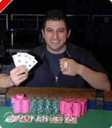 Phil 'OMGClayAiken' Galfond vinner øvelse #28 $5,000 PLO med rebuy i WSOP 2008