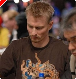 2008 WSOP, Event #38 $2,000 Pot Limit Hold Em, Day One: Binger Surges to Big Lead