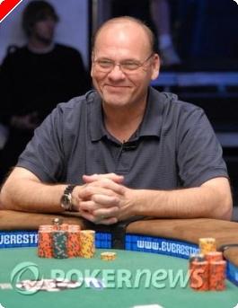 WSOP 2008 Tournoi 42 :  Dan Lacourse champion du monde sénior de No Limit Hold'em