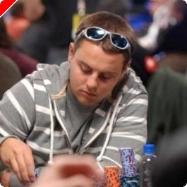 2008 WSOP $10,000 NLHE Championship Event, Ден 2A: Brian Schaedlich с Над 800,000
