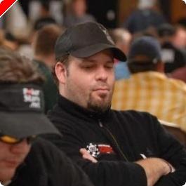 2008 WSOP $10,000 NLHE Championship, Ден 2B: Peter Biebel Води, Груди Отпада