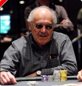 扑克新闻杯主赛事,第二天: David Gorr 最终领先