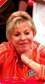Perfil de la madrina costarricense del poker: María Stern.