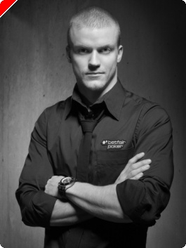 Питър Йепсен стана професионален играч в отбора на...