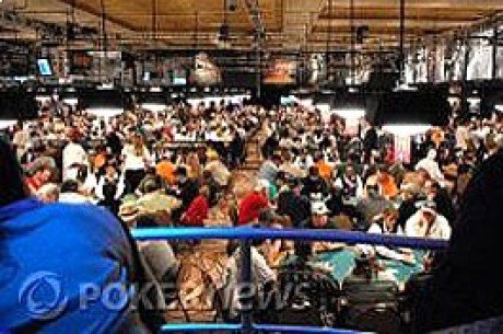 2009 WSOP, $1,000 NLHE Event #4, Day 2: Comegys Tops Leaderboard