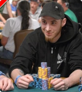 2009 WSOP: Evento#7 - $1,500 No-Limit Hold'em, Dia 1 – Greeley Acaba na Frente