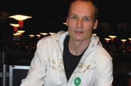 Ville Wahlbeck holt sich ein World Series of Poker Bracelet beim Event #12 - $10,000 World...