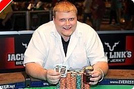 2009 WSOP: Event #13, $2,500 No-Limit Hold'em - Keven Stammen získává první náramek