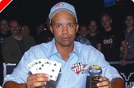 """2009 WSOP: Phil Ivey voittaa seitsemännen rannekkeensa, De Wolfille """"Triple..."""