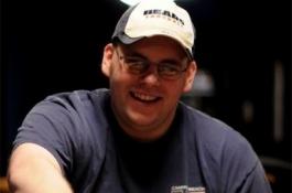 Tony Veckey ist der Sieger des World Series of Poker Event #54 - $1,500 No Limit Hold'em