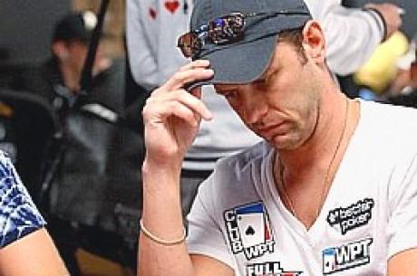 2009 WSOP: $10,000 NLHE Main Event Day 2a, Cloutier Nabs Lead