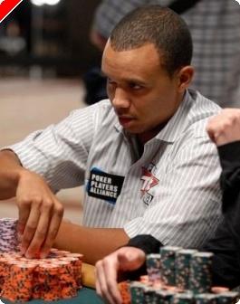 2009 WSOP: Main Event Ден 7, Ivey Все Още Преследва Moon, Остават 27