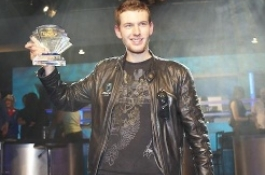 Vladimir Geshkenbein vinner PKR Heads Up Grand Slam