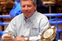 Mike Sexton единствен кандидат за Покер залата на славата