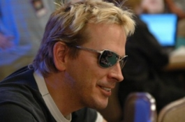 Phil Laak спечели Party Poker World Open V