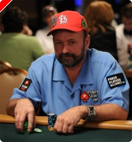 Weekly Nightly Turbo: Dennis Phillips IN e AJ Benza OUT no High Stakes Poker, Sonic a Jogar...