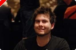 PokerNews Cup メインイベント デイ1b: Jonathan Karamalikis Out In Front